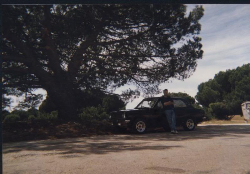 Carros e motas com mais de 20 anos que já nos tenham passado pelas mãos ou que estaõ entre nós Imagem001-3