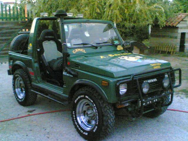 Vendo  Land Rover Santana S-413 Terrivel