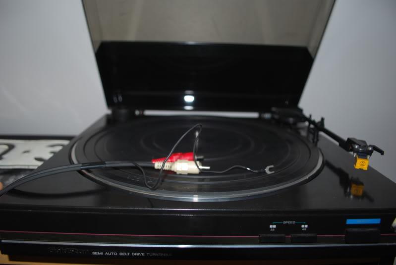 Quero tirar o pó do gira-discos :) DSC_0118