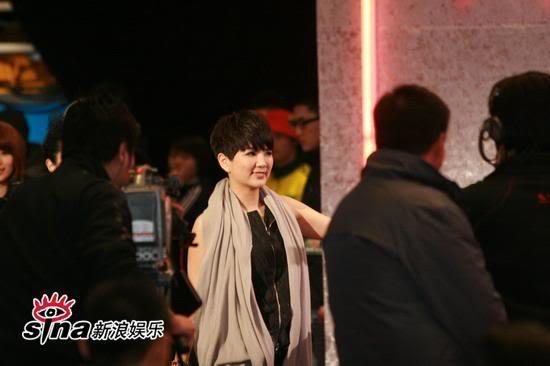 [Pic][11/1] Lễ trao giải âm nhạc Bắc Kinh U2520P28T3D2337107F326DT20090111210