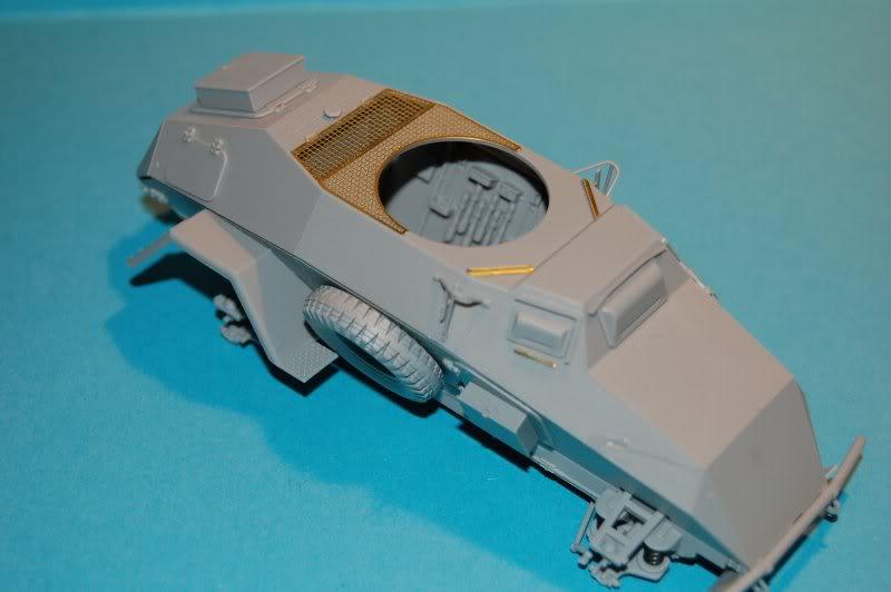 Sdkfz. 221 Leichter (Bronco) DSC_0003-6