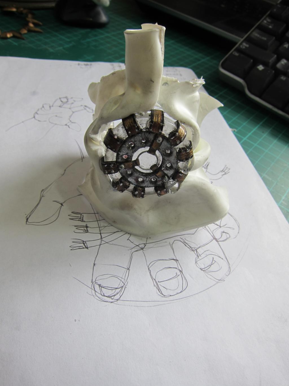 Custom Battle Damaged Hulkbuster Arc Reactor! IMG_1450_zpsjejgpgje