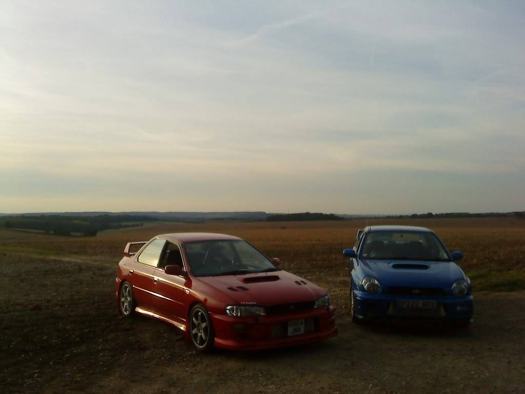 heres couple pics of my car DSC00343
