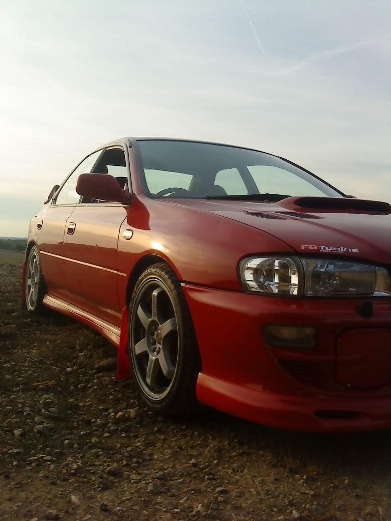 heres couple pics of my car DSC00347
