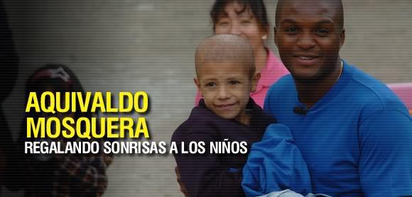 Aquivaldo pudo hacer realidad el sueño de varios niños con cáncer Aquivaldo-mosquera-580x278