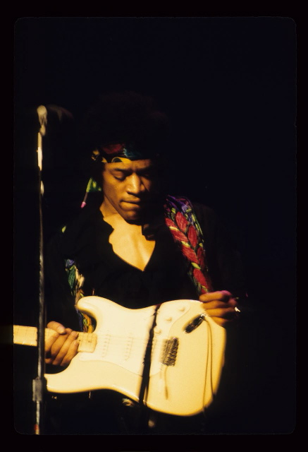 Berkeley (Berkeley Community Theatre) : 30 mai 1970 [Premier concert] 70776c2bca8be748f1936c37bf541084
