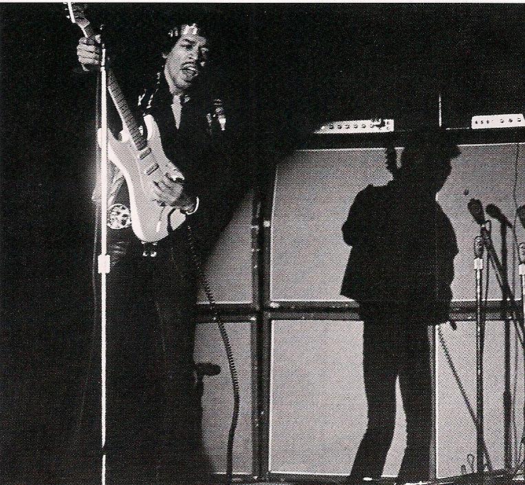 Los Angeles (LA Forum) : 25 avril 1970   - Page 2 Fbc1832e30e56ca8a57bd416ee1735e5