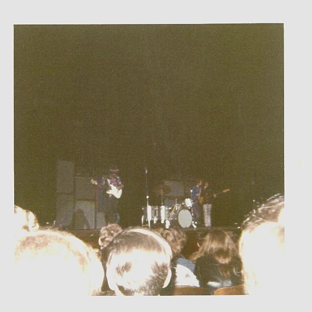 Cleveland (Public Music Hall) : 26 mars 1968 [Premier Concert] 1cc0c0ab5e47641c2ecb2c6ee8d10931