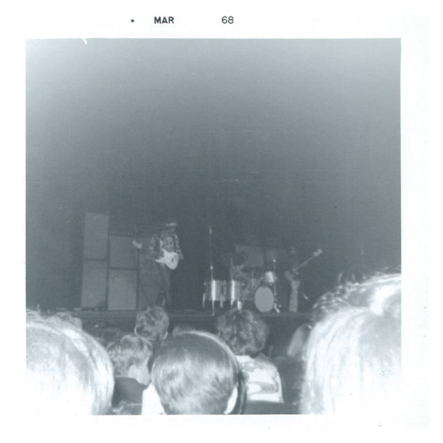 Cleveland (Public Music Hall) : 26 mars 1968 [Premier Concert] 9ceb1746c051eb24cf3aabadcb75665f