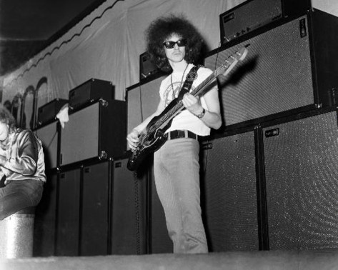 Milwaukee (The Scene) : 28 février 1968 [Premier concert] Cdf12205f562cfa80c77ed84ab53b05c