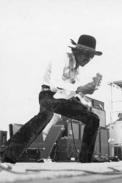 Miami (Miami Pop Festival) : 18 mai 1968 [Premier concert] 23575426f6e90460f5f0691daa01ec6f
