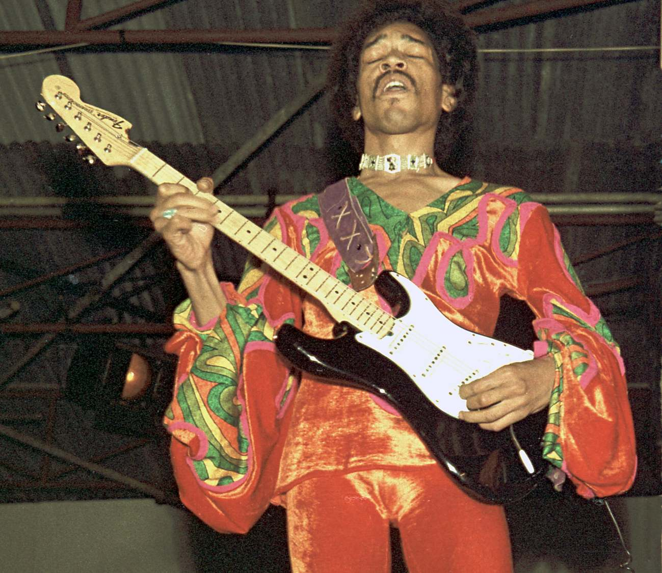 Blue Wild Angel: Jimi Hendrix Live At The Isle Of Wight (2002) - Page 2 1155c67d219bf39a682c0d471190973e