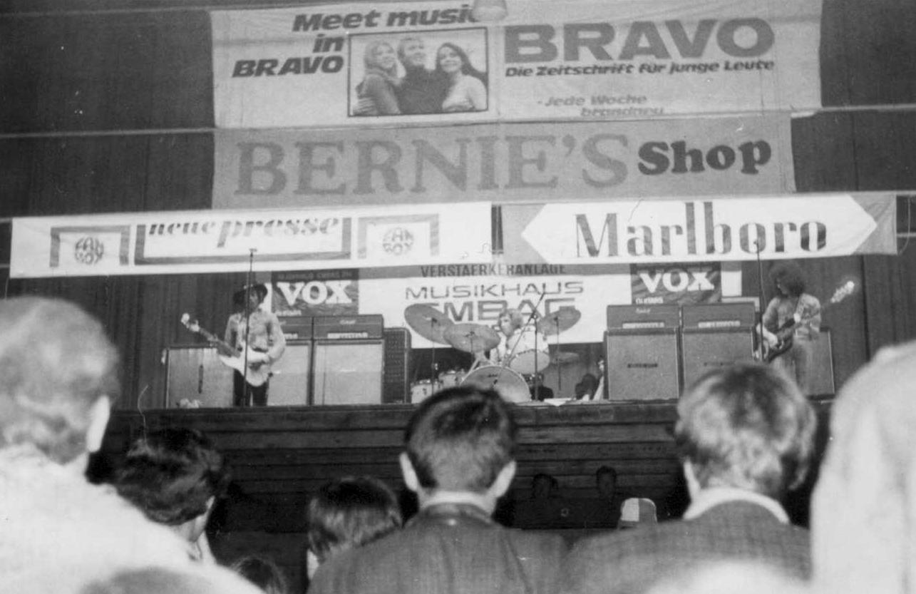 Zurich (Hallenstadion) : 30 mai 1968  2d89ed42aac23d5c03e2111b5f9e39fe