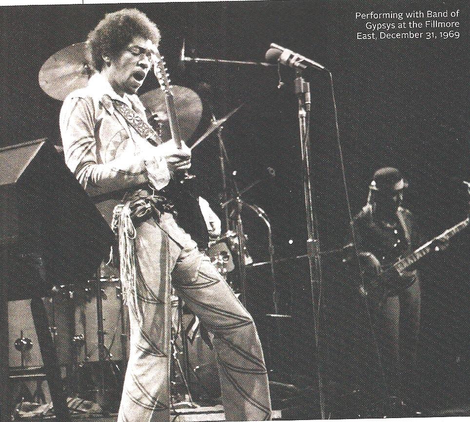 New York (Fillmore East) : 31 décembre 1969 [Second concert]  4c9eebd791f14b145257dea9f4d2ccbe