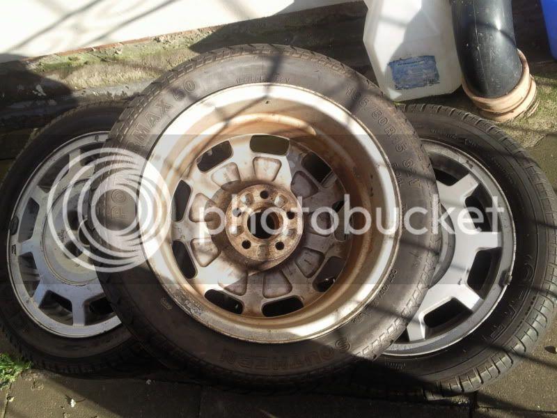 few sets of wheels Photo0388