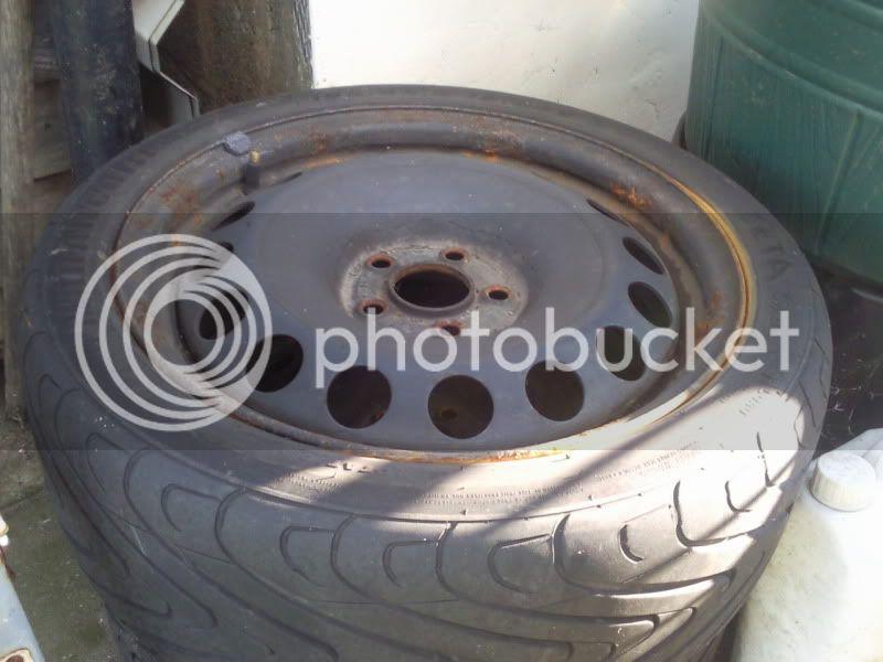 few sets of wheels Photo0395