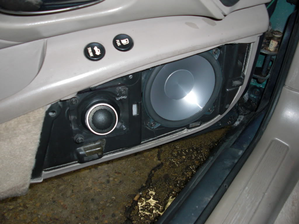 Pictures of Stereo Installs - Page 3 CIMG1352