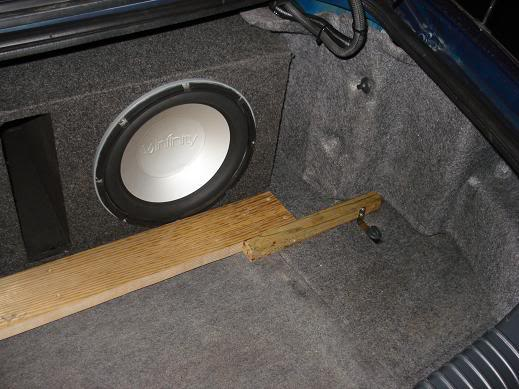 simple subwoofer solutions Subholder