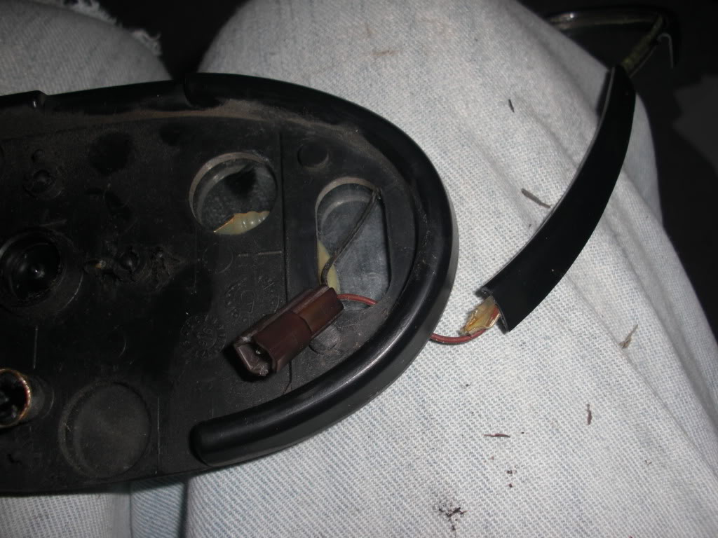 FAQ: Side Mirror Problems (heated, auto-dimming, tilt) - Page 6 CIMG1636
