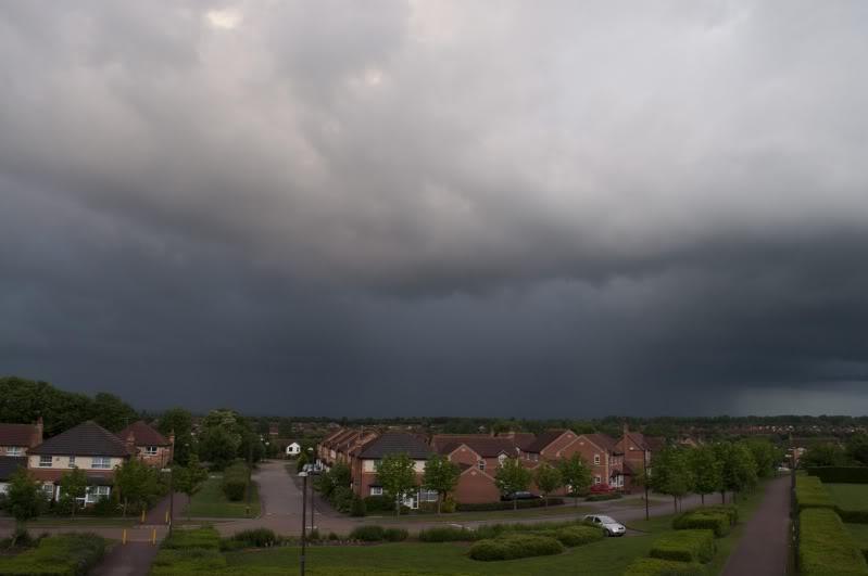 Tuesday 8th June, sharp showers across Midlands DSC_0010