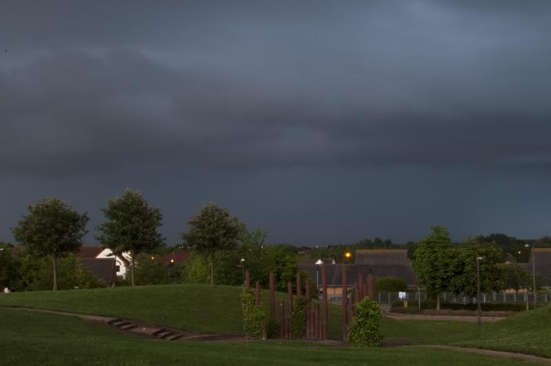 Tuesday 8th June, sharp showers across Midlands DSC_0030