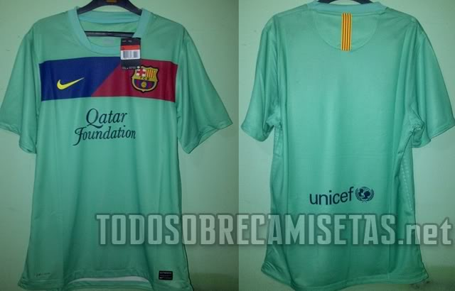 Tercera equipacion FC Barcelona 2011-2012 Barza3ra11main