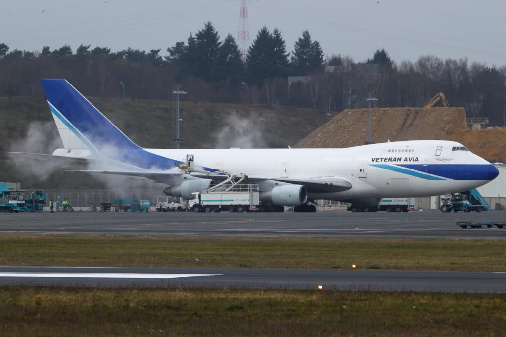 26.11.2010 Veteran 747 Deice