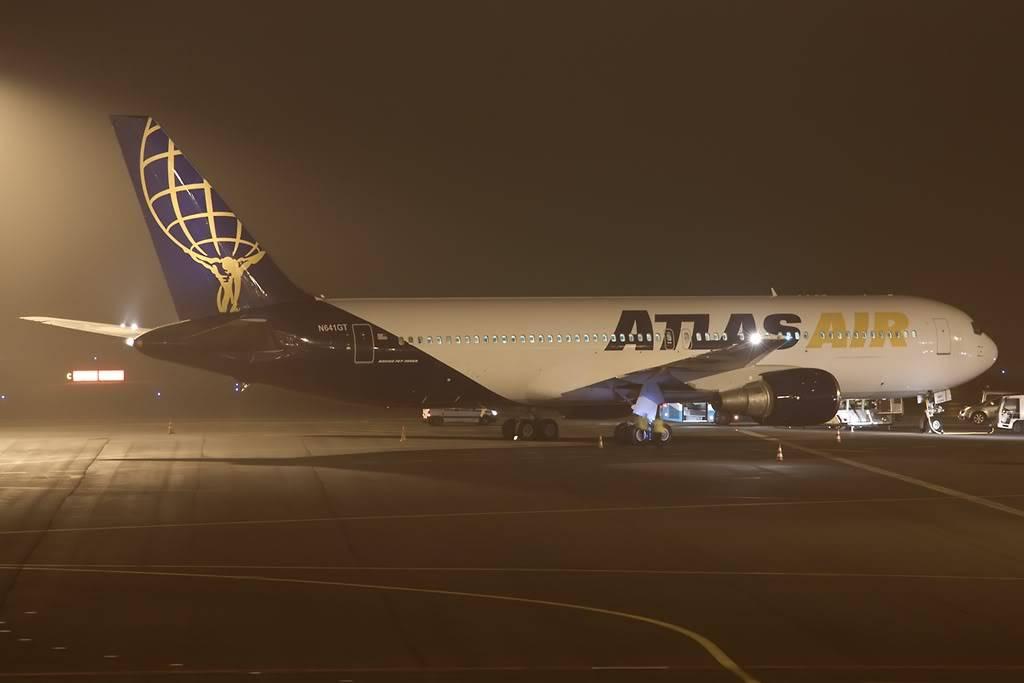 07.11.2011 Atlas 767-300 N641gt-1024