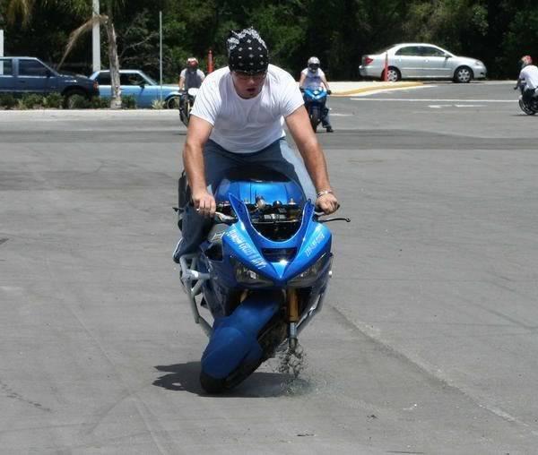 Drikus vs scooter Drikus