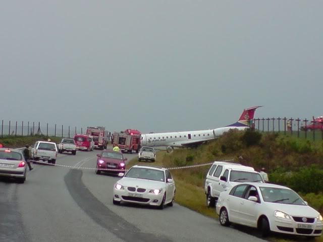 PLANE CRASH AT GEORGE AIRPORT 7 DECEMBER 2009 P071209_1125