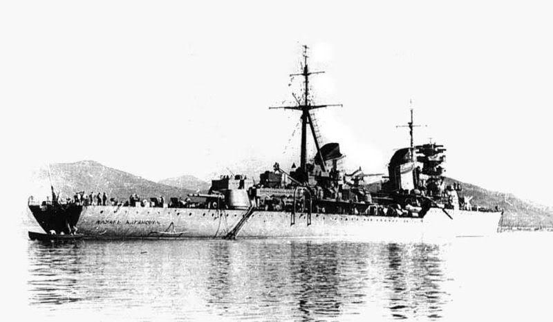 Lực lượng hải quân Xô Viết 800px-Kaganovich_cruiser1