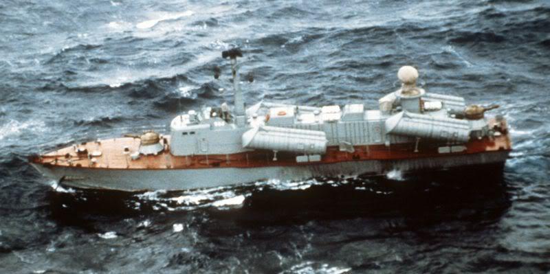 Lực lượng hải quân Xô Viết 800px-Osa-II_class_project205U_DN-S