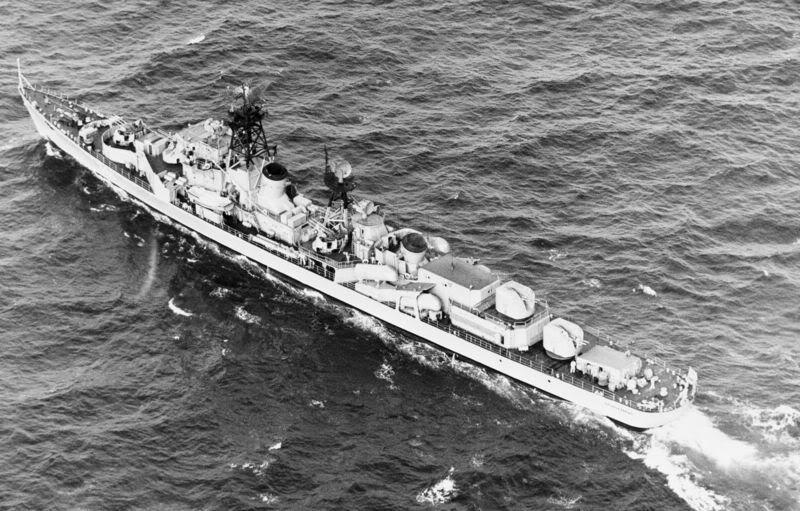 Lực lượng hải quân Xô Viết 800px-Prozorlivy_Kildin-mod_DN-SN-8