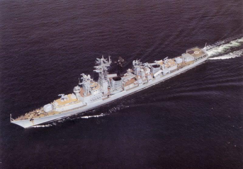 Lực lượng hải quân Xô Viết 800px-Warszawa_II_TW_6-911