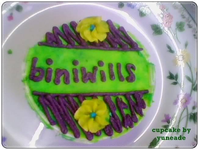 AL's Cupcakes Bin