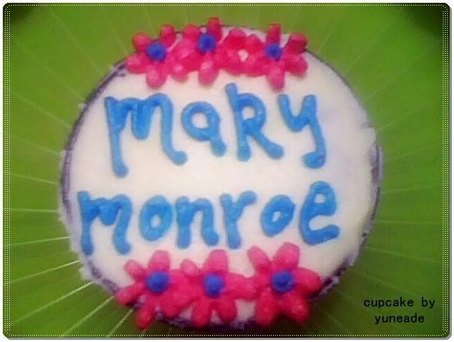 AL's Cupcakes Mary