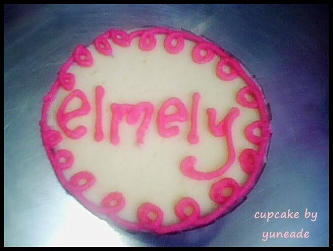 AL's Cupcakes Mely