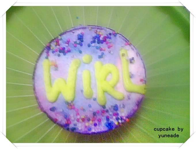 AL's Cupcakes Wirl