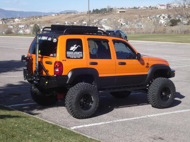 ...e io che pensavo di avere la jeep rialzata... DSC02736