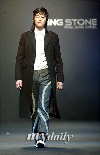 Lee Jee Hoon Fashion Show Catwalk 200604291529031110_2