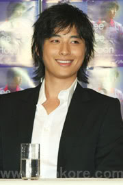 Collection of Jee Hoon's Pics 9ad2616ea52040_full