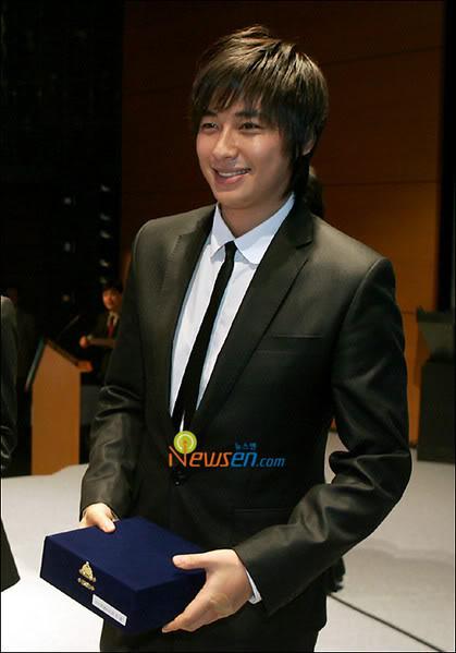 Collection of Jee Hoon's Pics Leejihoon16jx9