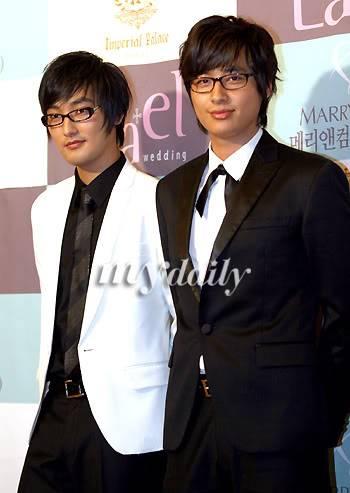 070507- Lee Jee Hoon with Kangta My200705071626221113_0