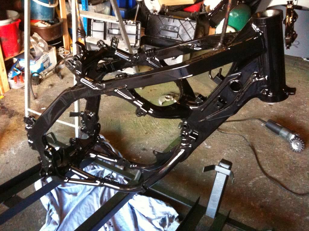 Painting Motocross Frame. IMG_0066