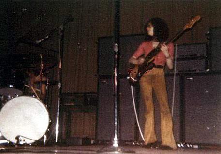 Memphis (Ellis Auditorium) : 18 avril 1969 4a791f47f6e9333100fc90ce446fc592