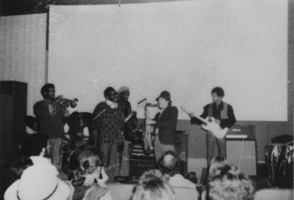 Woodstock (Tinker Street Cinema) : 10 août 1969  4366dbf7f17f94fe513fdb9de727bc15