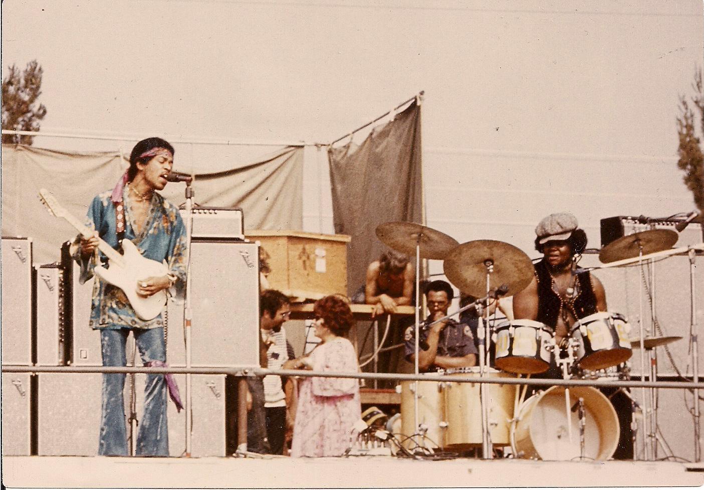 Devonshire Downs (Newport '69) : 22 juin 1969  Bfee1fa8e04b253db21d517d97d75868