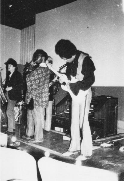 Woodstock (Tinker Street Cinema) : 10 août 1969  7a636b41a47b312a90cec37979cd2577