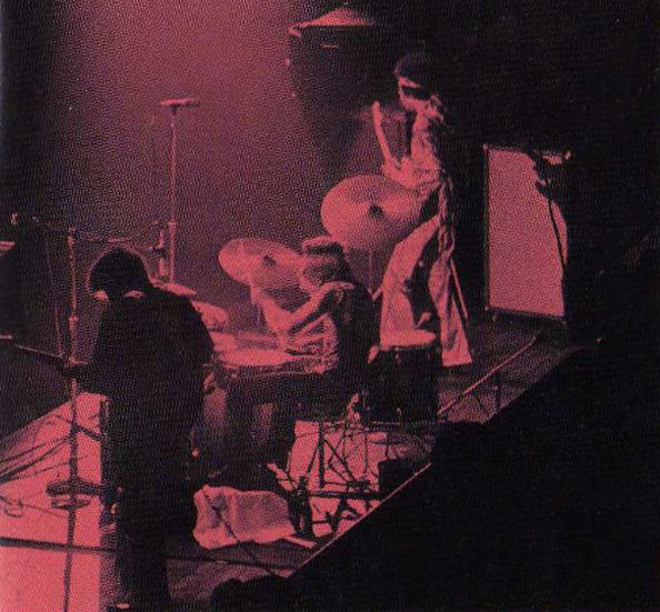 Copenhague (K.B. Hallen) : 3 septembre 1970 - Page 2 08729945522448470499e3cf693e8212