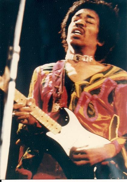 Blue Wild Angel: Jimi Hendrix Live At The Isle Of Wight (2002) - Page 2 Adedd2dc8512e853101f224a7718735a